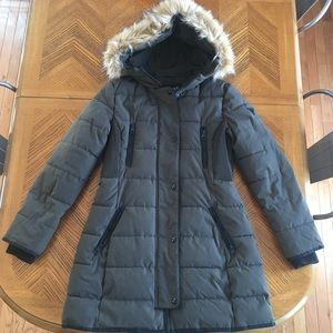 Guess Winter Puffer Coat